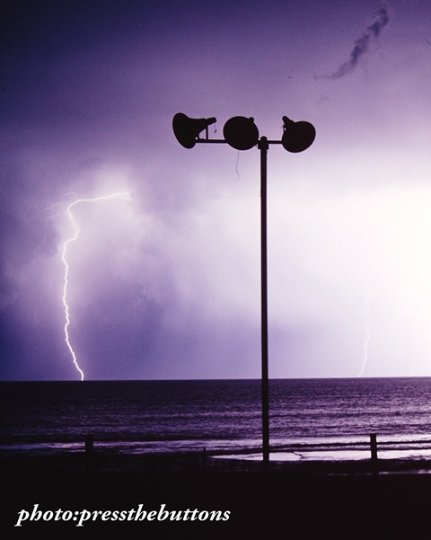 low tide and lightning elouera 80s